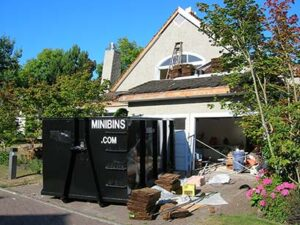 demolition-reroofing-recycling-construction-renovation-dumpster-bin-rentals-min